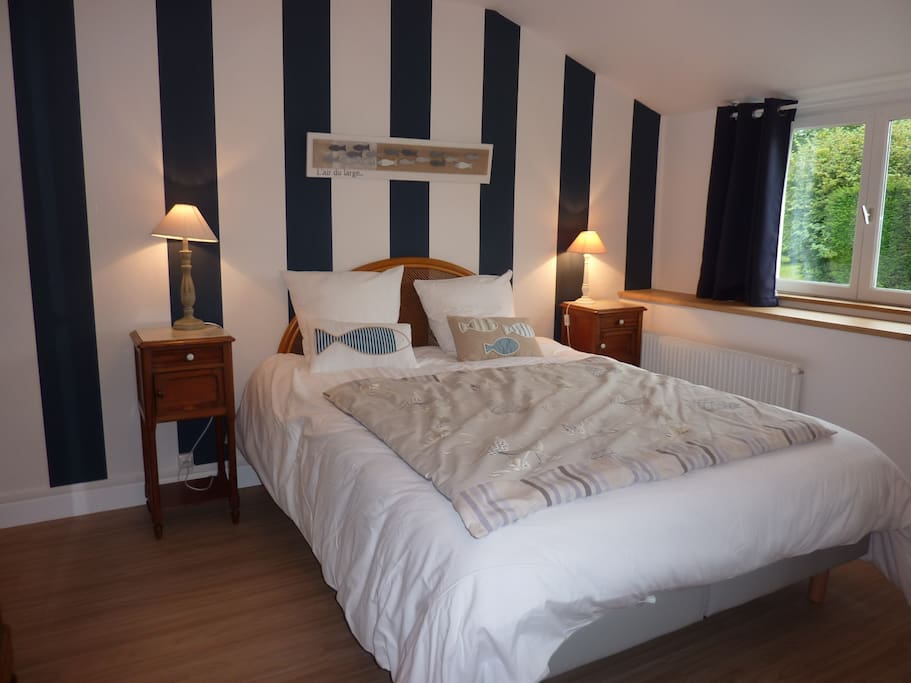 Ferme du loucel chambre d 39 hotes n 2 omaha beach bed and breakfasts for rent in colleville sur - Chambre d hote colleville sur mer ...