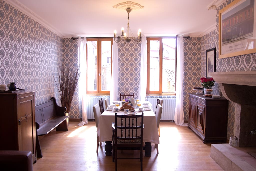 Le cheval blanc vegetarian b b superior room chambres - Chambre d hote saint antonin noble val ...