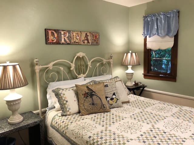HARVEST MOON - Country Inn Bed & Breakfast
