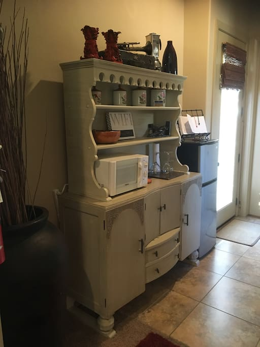 Vintage breakfast buffet , with microwave and small fridge / freezer