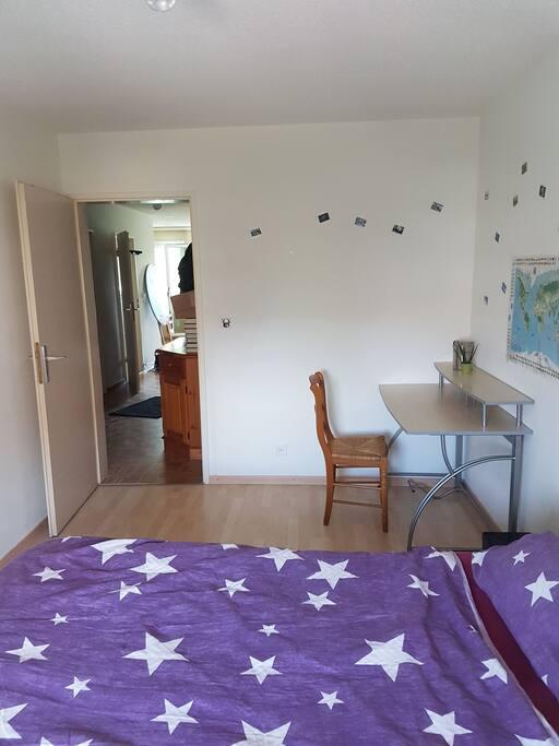 Belle chambre dans apart 3 pi ces 1 2 appartements for Appartement a louer a yverdon