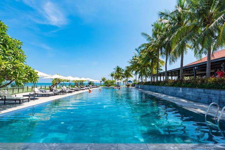 Ocean Luxury Villas*The Best 3BR Near a Main Pool*