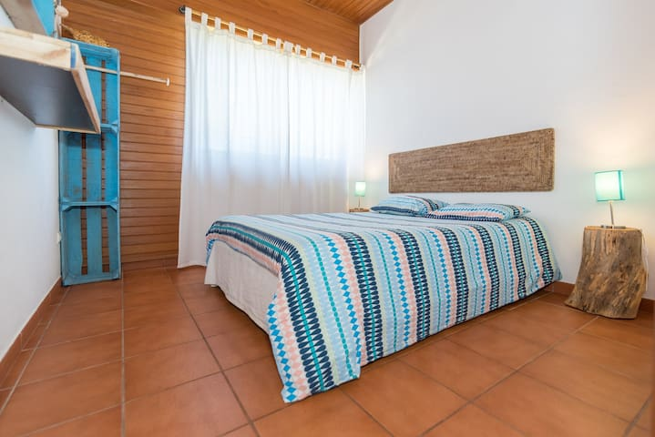Ticket2Surf | Guesthouse | Pipeline Double Room