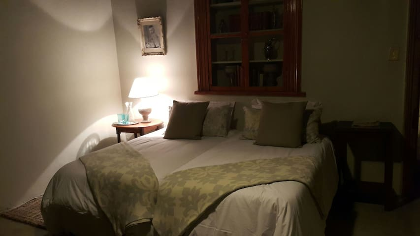 The Guest Room @ Villa Oranje - Paarl - House
