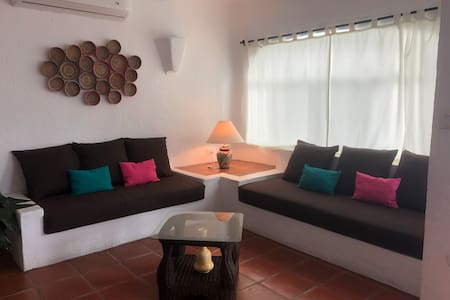 Beautiful house in the best area of Manzanillo