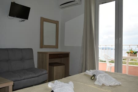 "Brand new comfy apartment ""Nikos apartment 3''"
