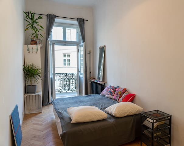 Friendly flat with central location