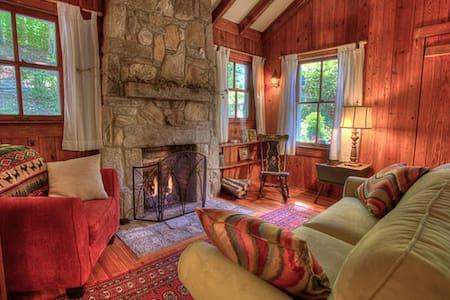 Classic Hendersonville Mountain Garden Cottage