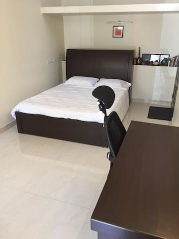 Centrally located new studio with private entrance
