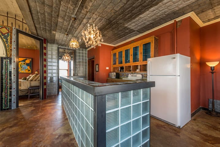 """This """"Artist's Loft"""" is a 1 bedroom rustic dream to stay in!"""
