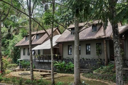 Villa Eboni at Taman Wisata Bougenville