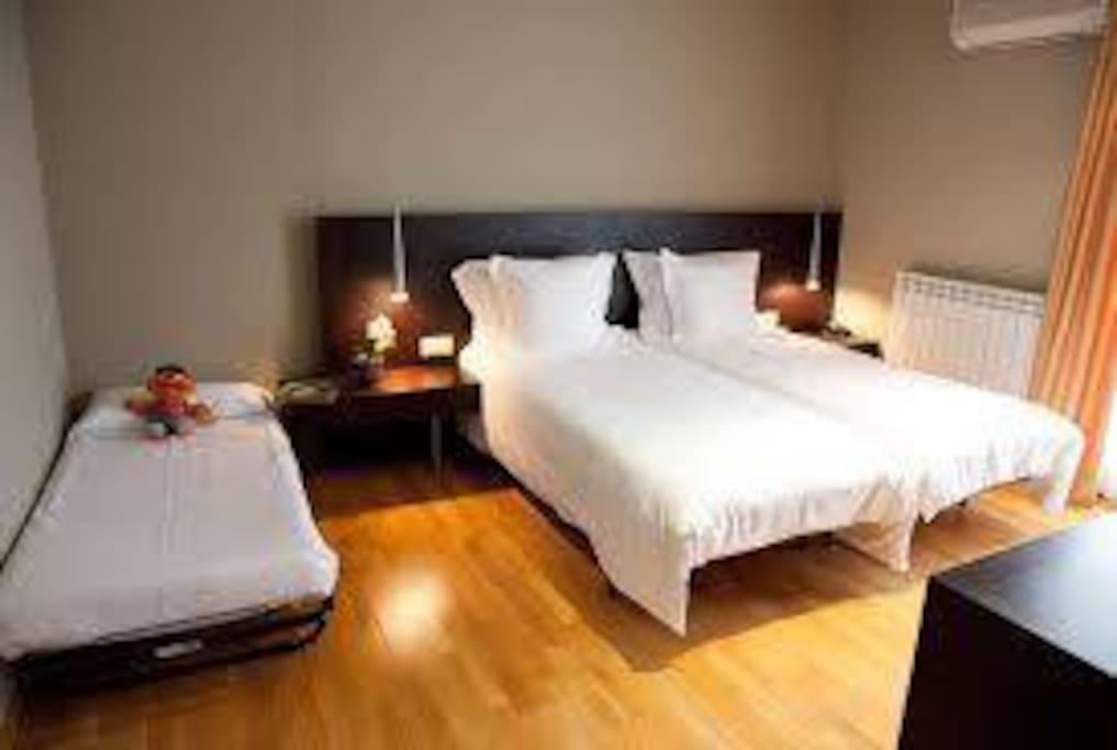 una habitacion para ti, tu pareja y tu niño, tranquila y agradable, es la no, 2