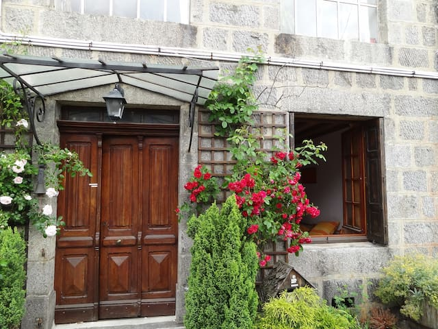 2rooms in house+garden in Le Pilat 1hour from Lyon - Jonzieux - Guesthouse