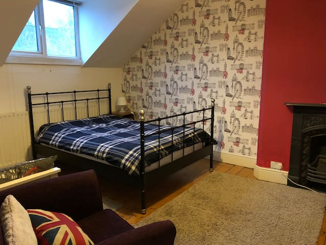 Twin Room in City Centre