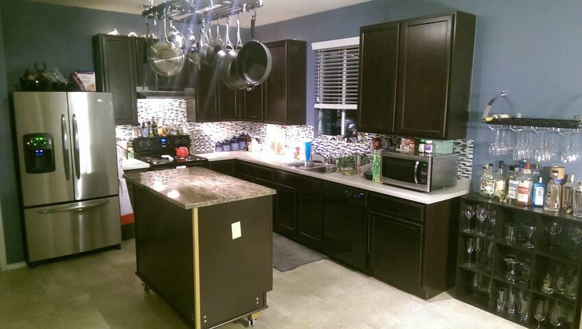(MOTO GP) New Home in East Austin - オースティン - 一軒家