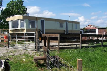 Large cozy static caravan - Lairg