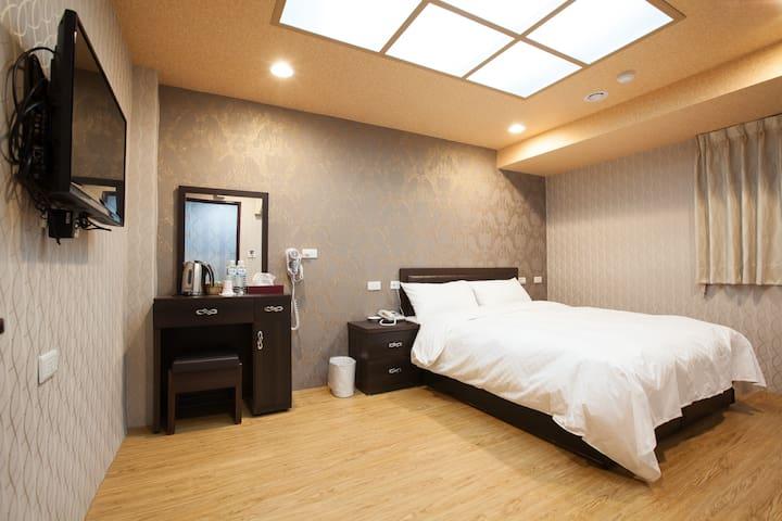 欣芳旅店306溫馨乾淨板橋的家(PHONE NUMBER HIDDEN)全新裝潢,重新開幕~ - Banqiao District - Appartement