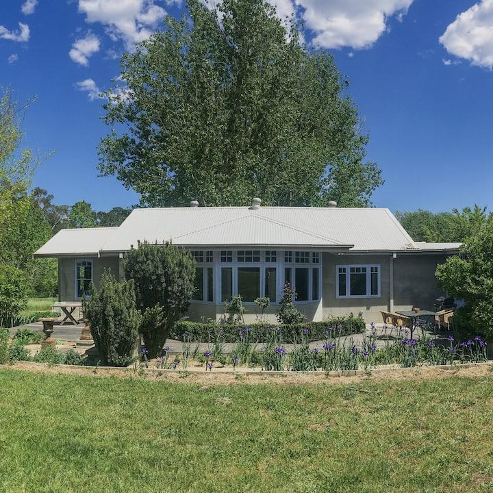 Cottage @ The Old Daffodil Farm