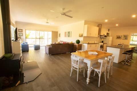 Reedy Creek Retreat- 3 Bedroom house
