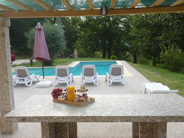 Férias no Gerês c/piscina privada