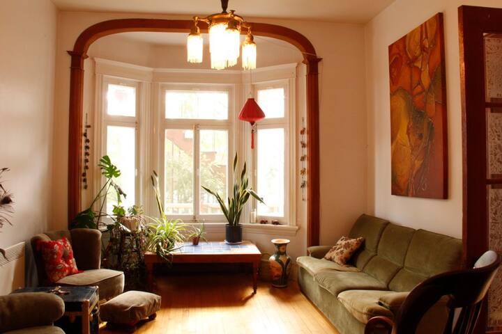 Chambre pour femme - Appartement avec cachet