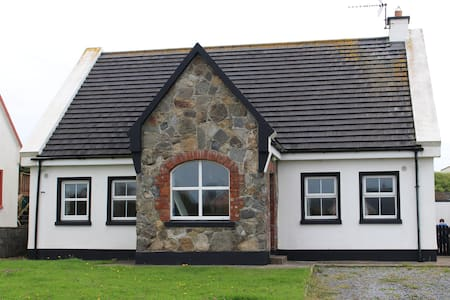 Woodbine Heights, Spanish Point - Miltown Malbay - Hus