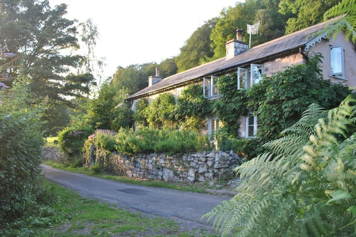 Rustic House in The Heart of The Wye Valley