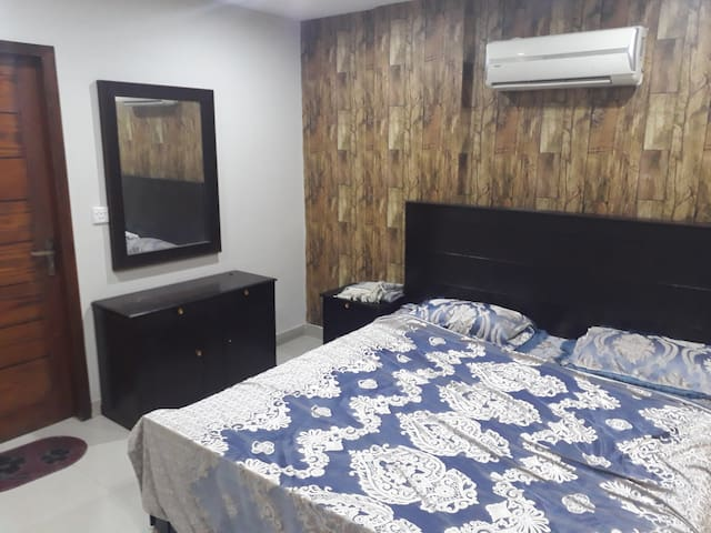 Full Furnished Bahria Apartment Near 501