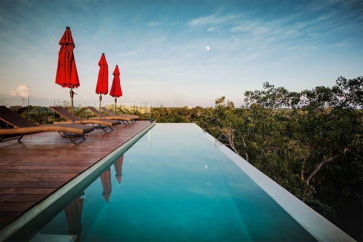 Crystal Design Suite / Infinity Pool Rooftop 3 wd