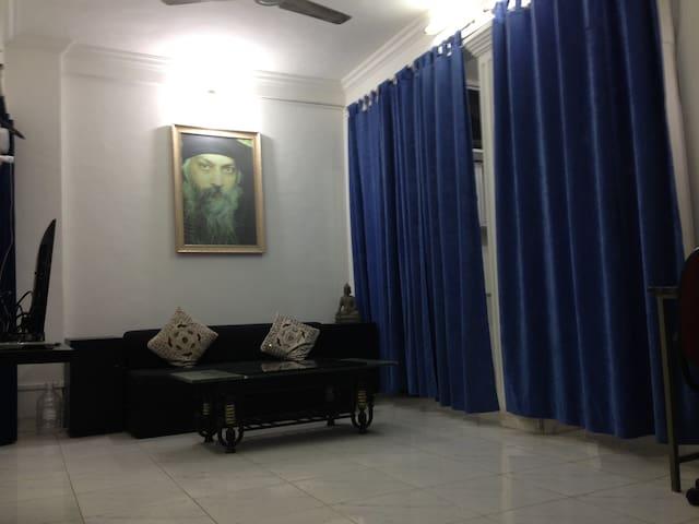 Beautiful Private Apartment in Koregaon Park - Pune - Appartement