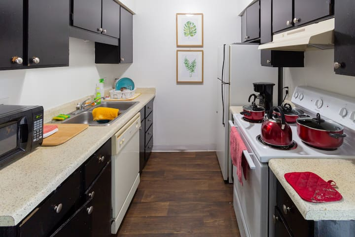Chill 420 Home (Single Bed C in Shared Room B)