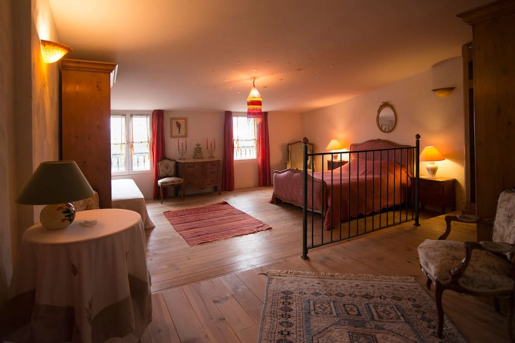 Premier étage : Chambre 2