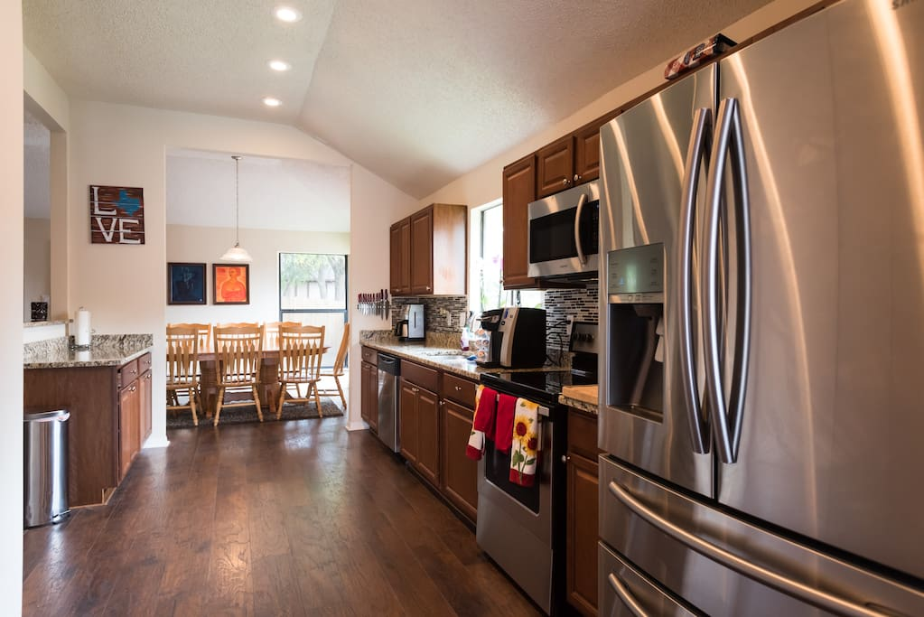A large galley kitchen stocked with cookware, dishes and state of the art appliances will make cooking at your home away from home a real treat!