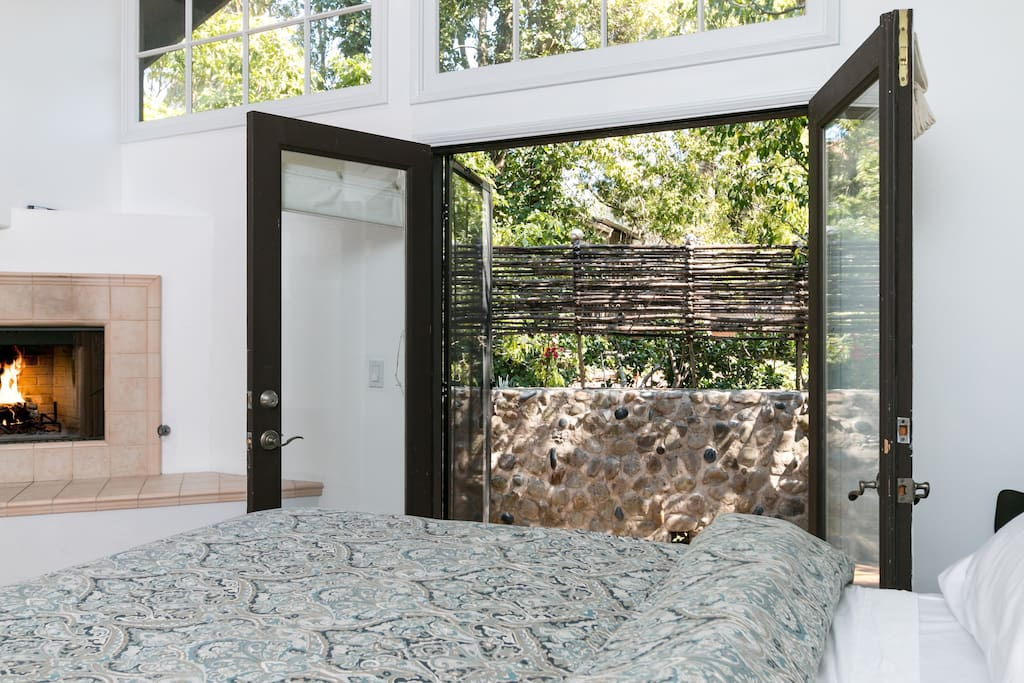 French doors lead to the private back patio