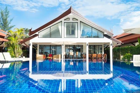 Malee Beach Front Villa A5, Koh Lanta, Krabi