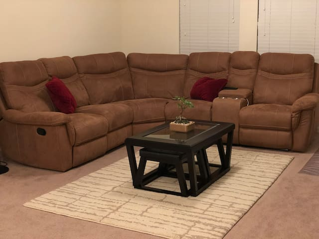 NEW! FULLY FURNISHED BEAUTIFUL & COZY APARTMEMT