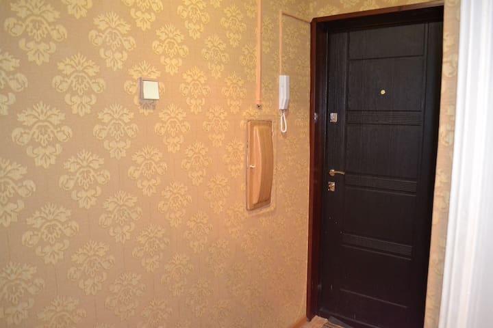 Гостеприимная 2-комнатная квартира - Kirovsk - Byt