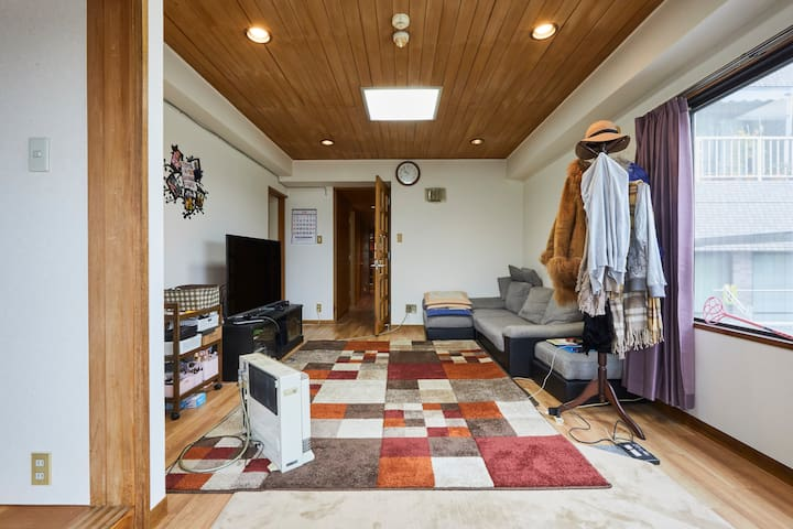 6 min to JR Sta. Private Room at Spacious 4LDK Apt