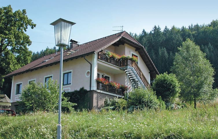 Holiday apartment with 2 bedrooms on 130m² in Schönbach