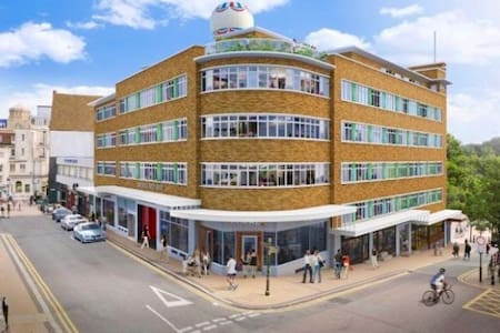 One bed apartment in the centre of Bournemouth