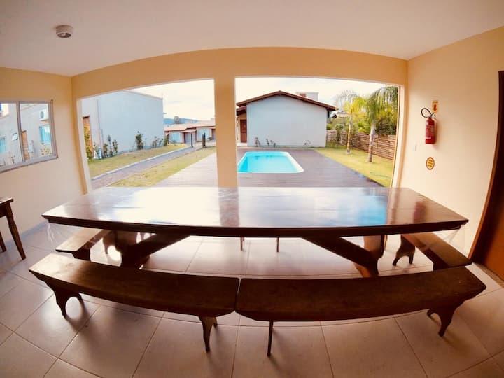 Casa em Vila com dois quartos para até 4 pessoas