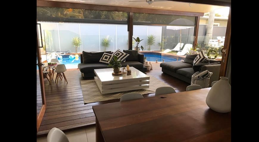 Relaxed  getaway close to beach, shops, cafes