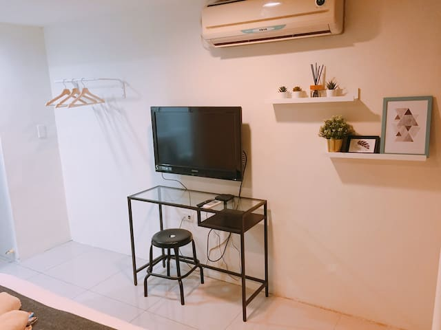 Good Studio @ Ximen MRT (5 min walk)