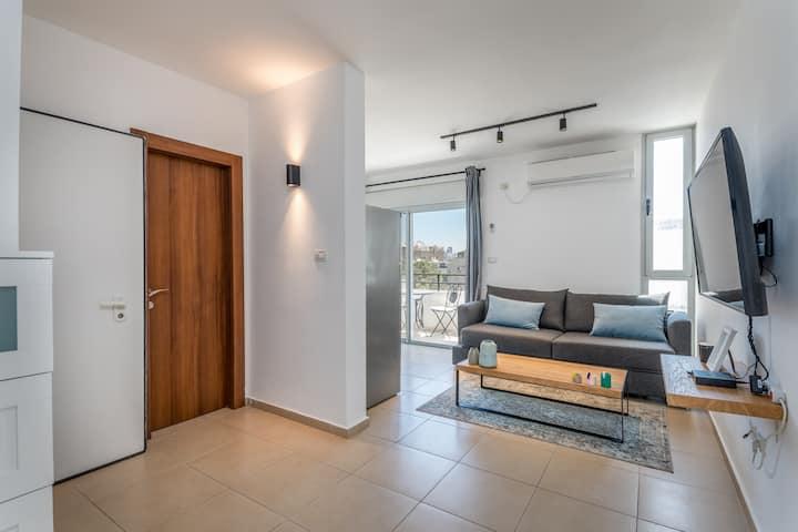 Bograshov area - 1BR designed apartment