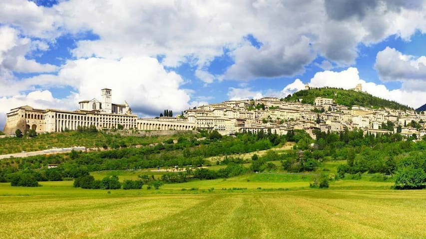 NICE FLAT CLOSE TO ASSISI - ROCCA ROSSA