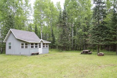 Cozy Cabin near Lake Superior