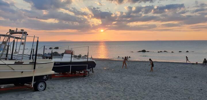 Deliziosa villetta in riva al mare