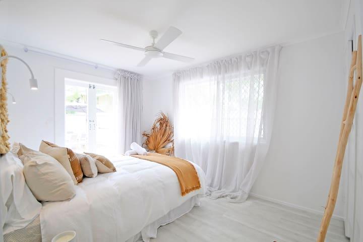 Sunburst Lodge - Duplex Near The Beach