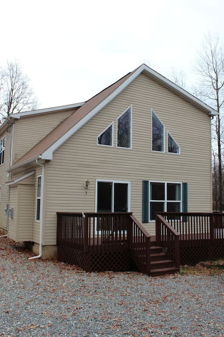 Light filled, comfortable home with ample space