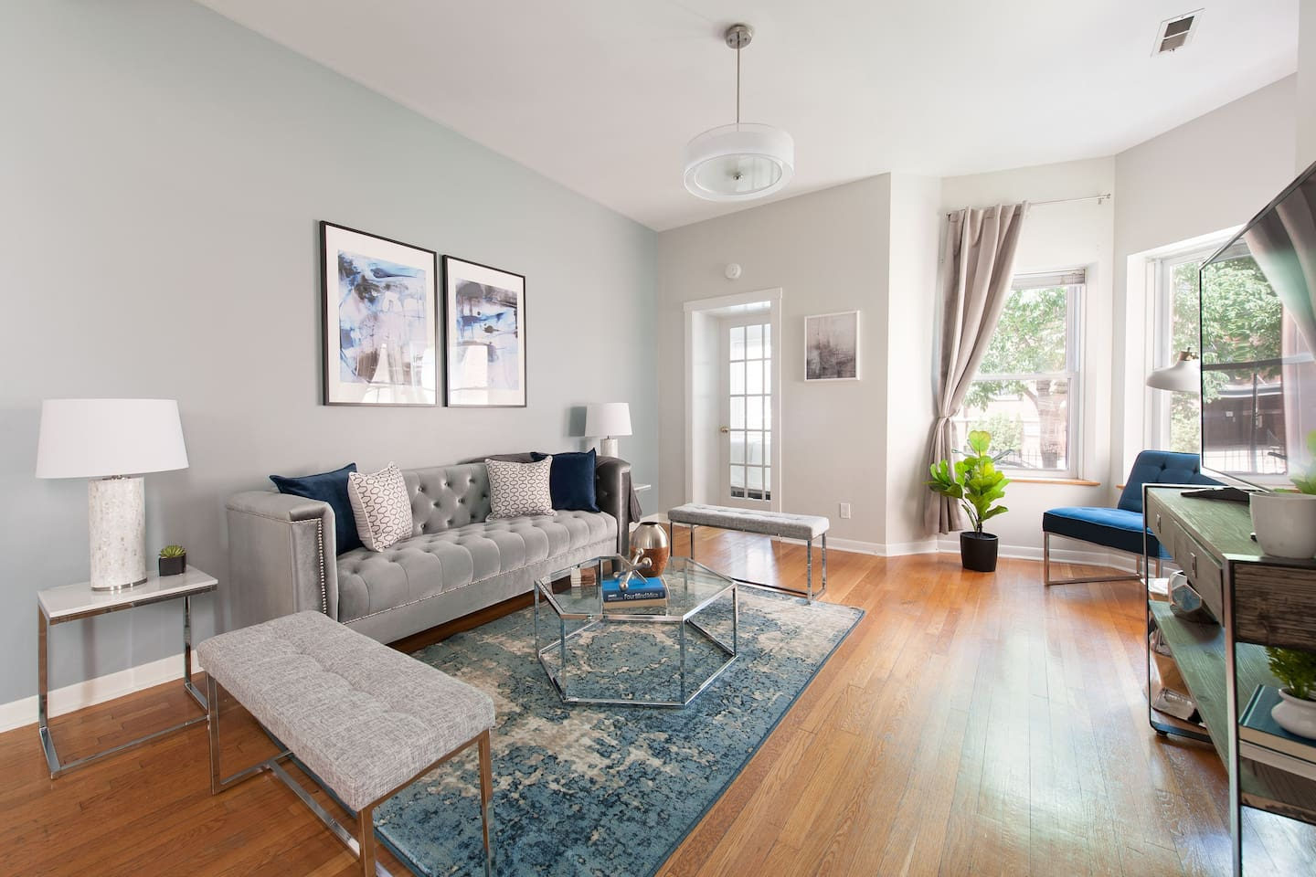 Sophisticated 4BR in Lincoln Park by Sonder - Apartments for Rent in ...